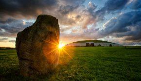 Newgrange, Tourism Ireland